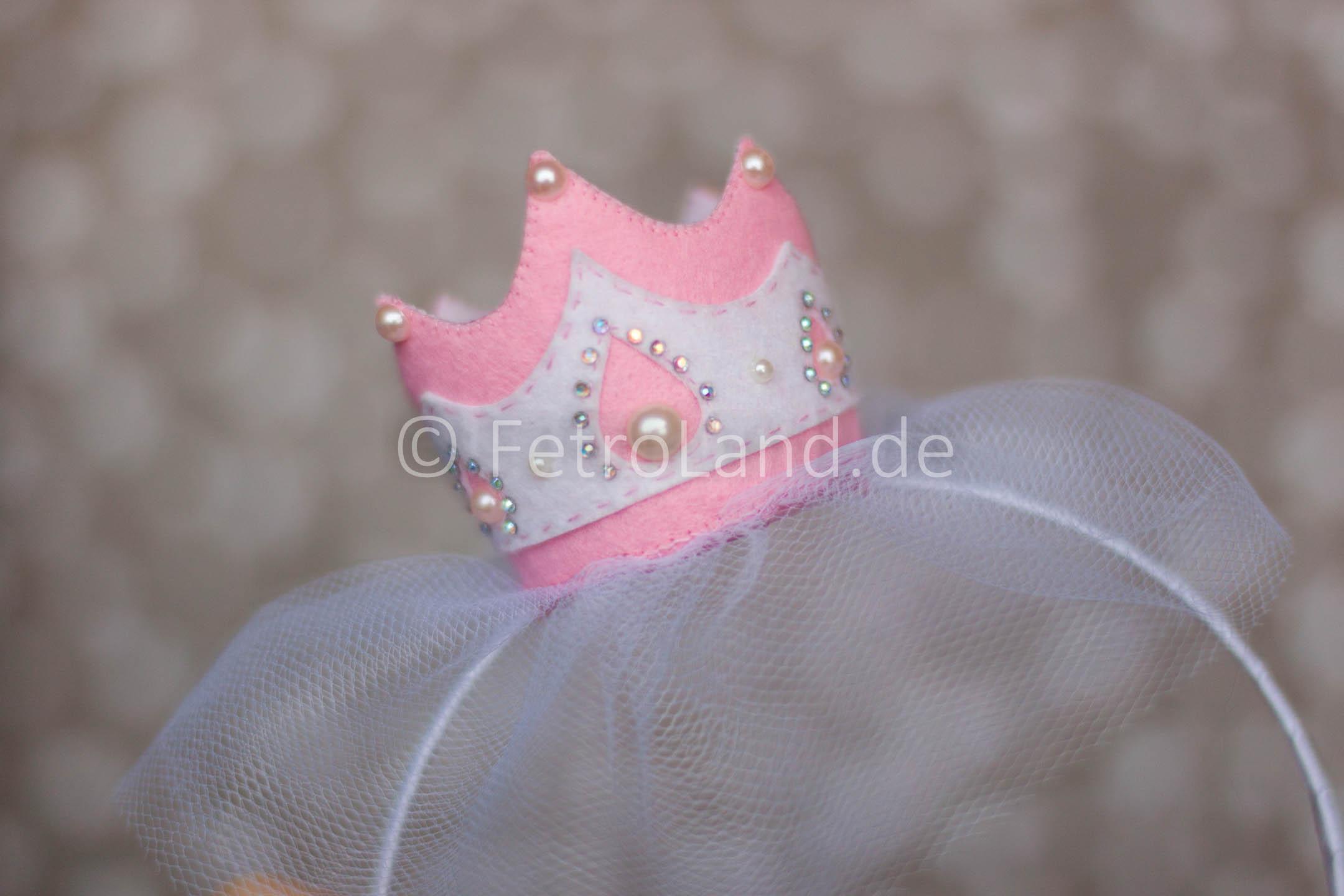 Kleine Krone für eine kleine Prinzessin